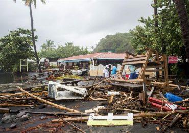 Los escombros en un restaurante en Le Carbet, en la isla caribeña francesa de Martinica, después de ser golpeada por el huracán María foto: AFP Lionel Chamoiseau