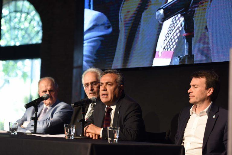 Alfredo Cornejo en el Congreso Nacional de Contadurías