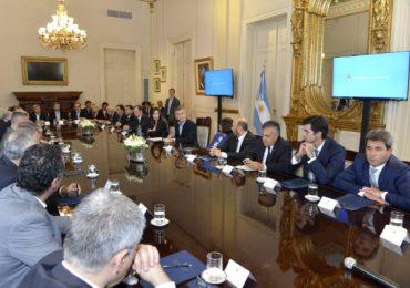 Mendoza firmó el Pacto Fiscal