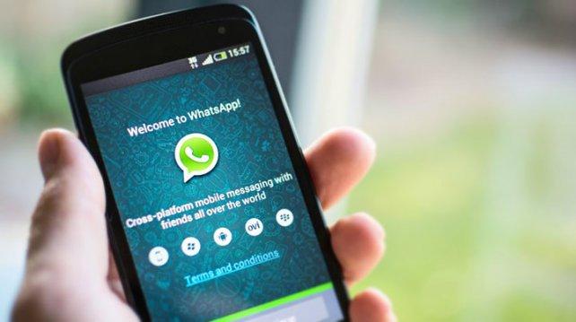 WhatsApp va a sacar rédito económico a través de anuncios.