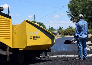Trabajos de pavimentación en Tupungato