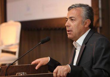Cornejo prepara un nuevo ítem para el sueldo de los docentes