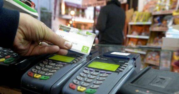 Advierten que el costo del débito es alto para los negocios de barrio