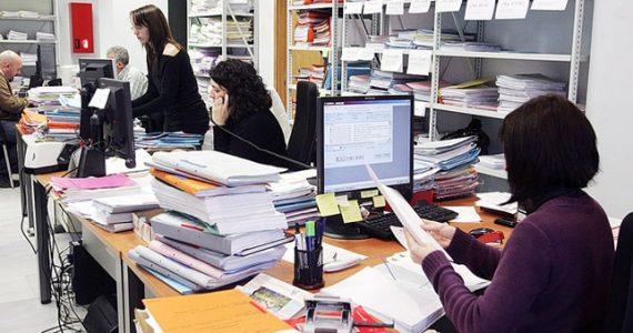 el objetivo de mínima es completar una baja del 9% en la planta total de empleados públicos