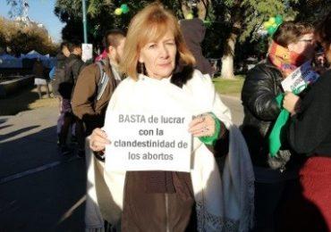 Patricia Galván: diputada provincial, neonatóloga y militante a favor del aborto.