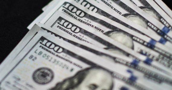 El dólar cerró ayer por primera vez sobre los $ 40