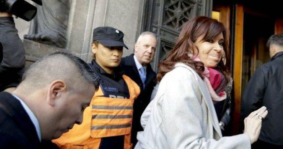 Moldes apoyó la prisión preventiva que el juez Bonadio le dictó a Cristina Fernández. AP