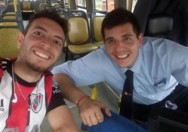 Ignacio y el conductor del colectivo, Carlos Valero.