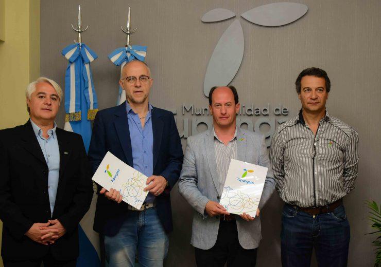 Firma de Convecnio ITU VdU y Tgto