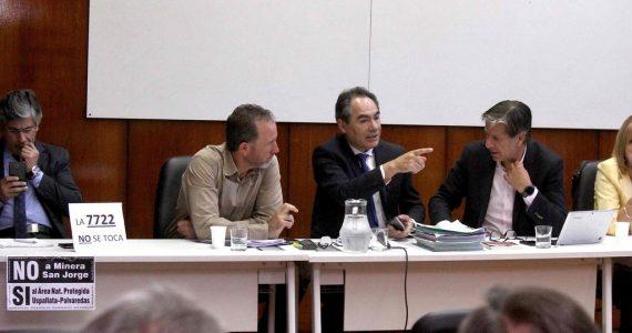 Ernesto Mancinelli, Jorge Teves y Marcelo Rubio, presidentes de las comisiones que estudian cambios en la minería.
