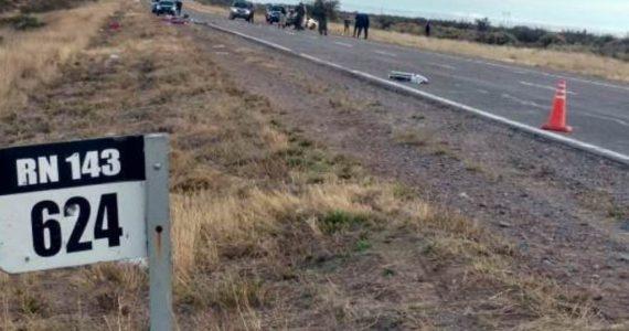 El auto en el que viajaban volcó y murieron en el lugar. Otros tres miembros de la familia resultaron heridos y fueron hospitalizados.
